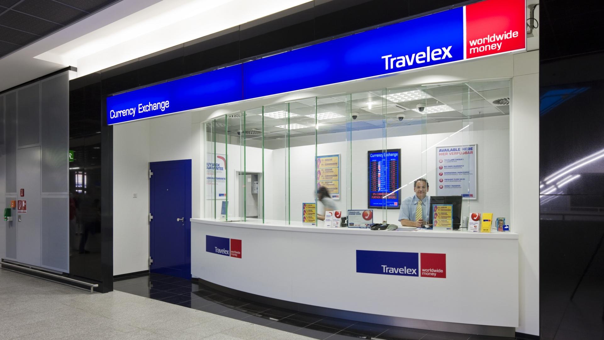 Обмен денег в аэропорту Праги