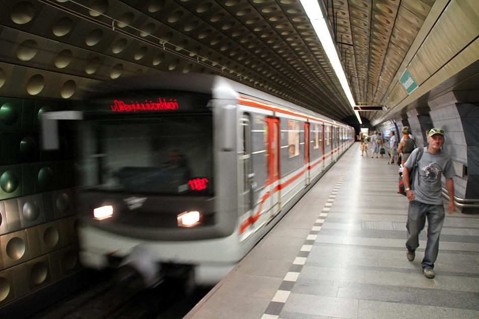 Время работы транспорта в Праге