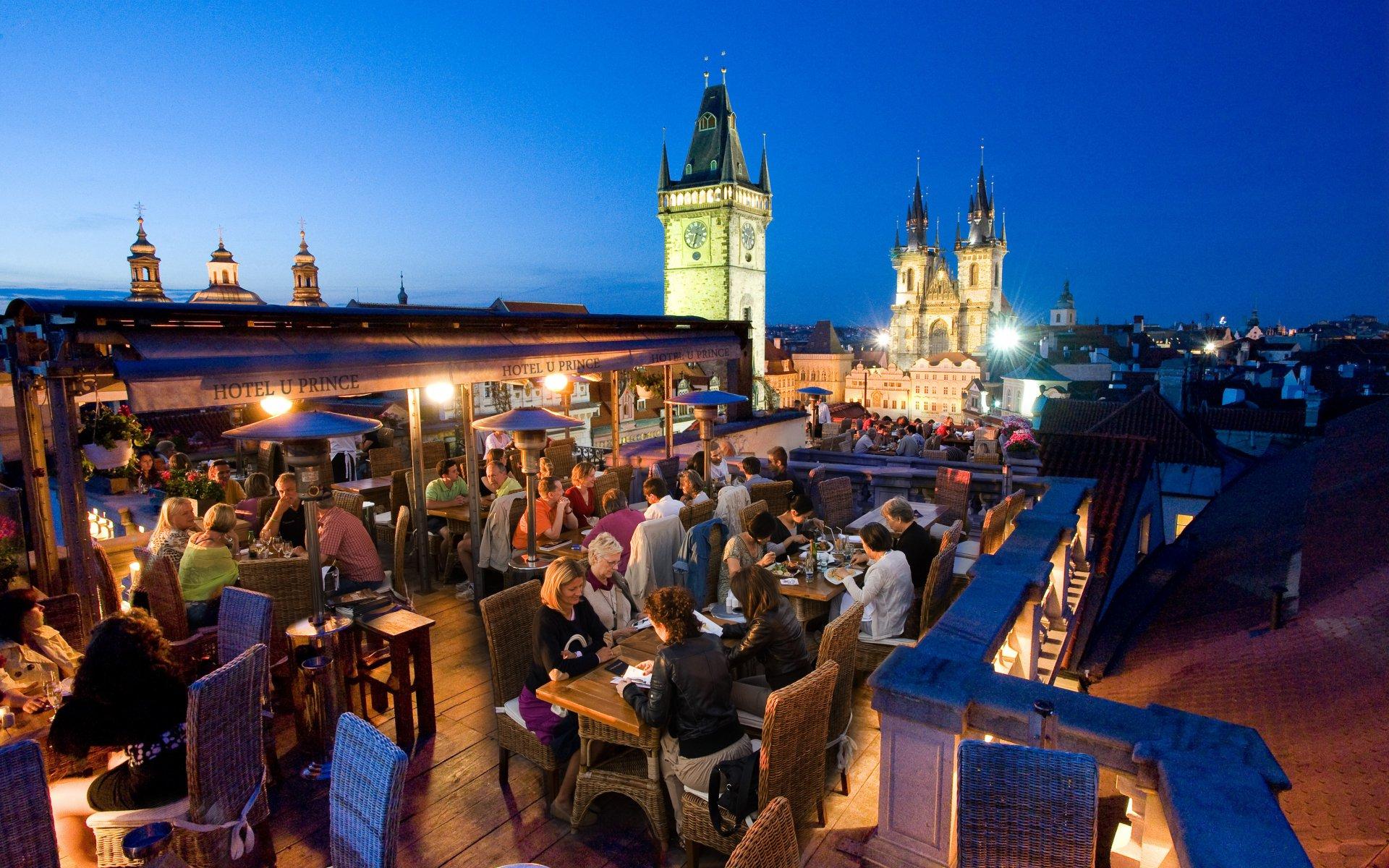 Ресторан Terasa U Prince с видом на Прагу