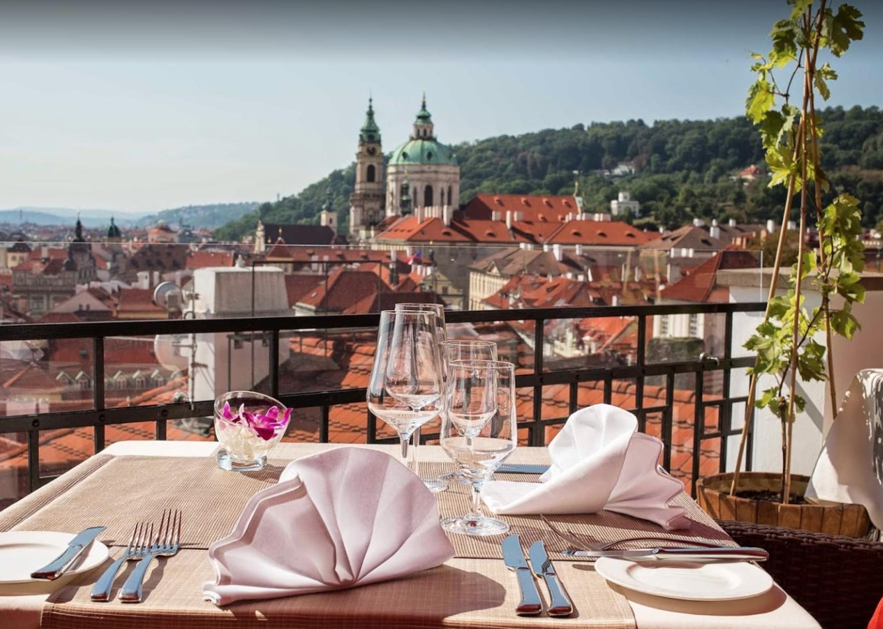 Ресторан Terasa U Zlaté Studně в Праге