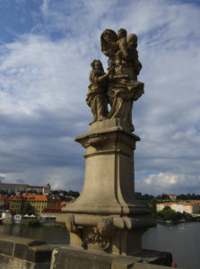 Карлов мост: скульптуры