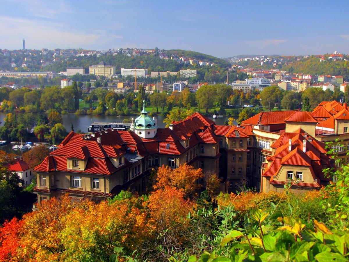 Прага в октябре: как одеваться и хорошо отдохнуть