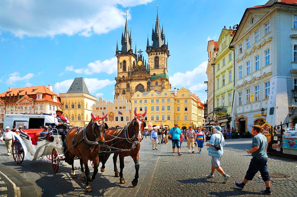 Что одевать в Праге в июле