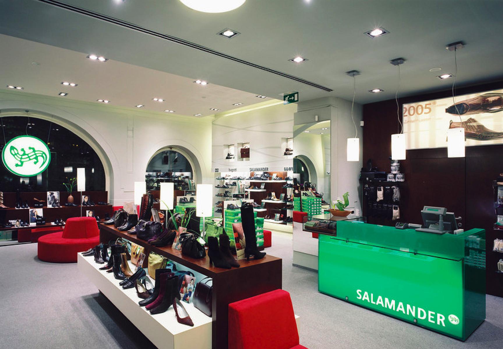 Магазин Salamander Прага