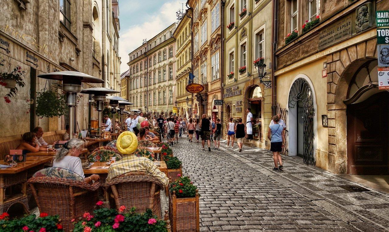 Летние прогулки в Праге в августе