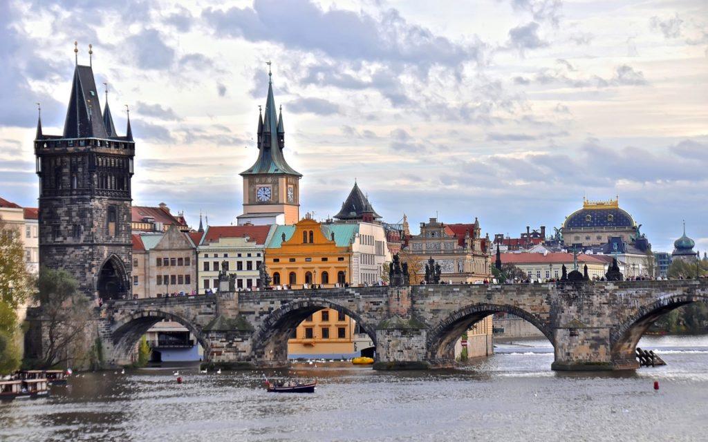Прага в Мае: что делать, отдых и праздники