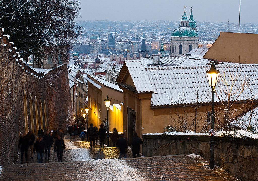Что делать в Праге зимой: отдых и ярмарки