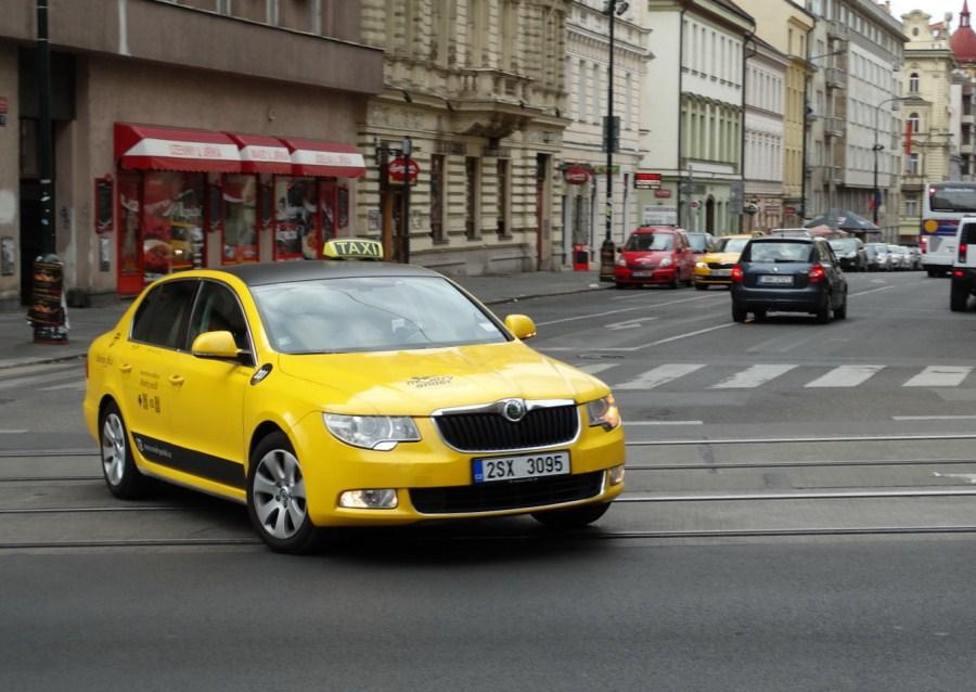 Заказ такси в Праге