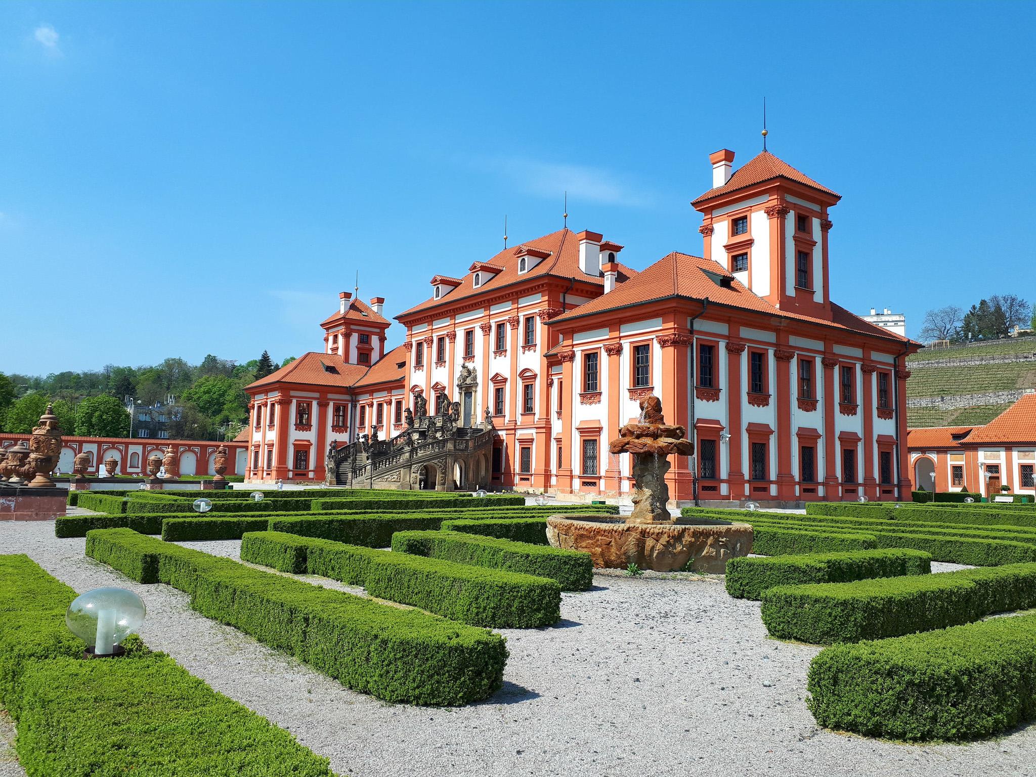 Фотосессия в замке Троя в Праге