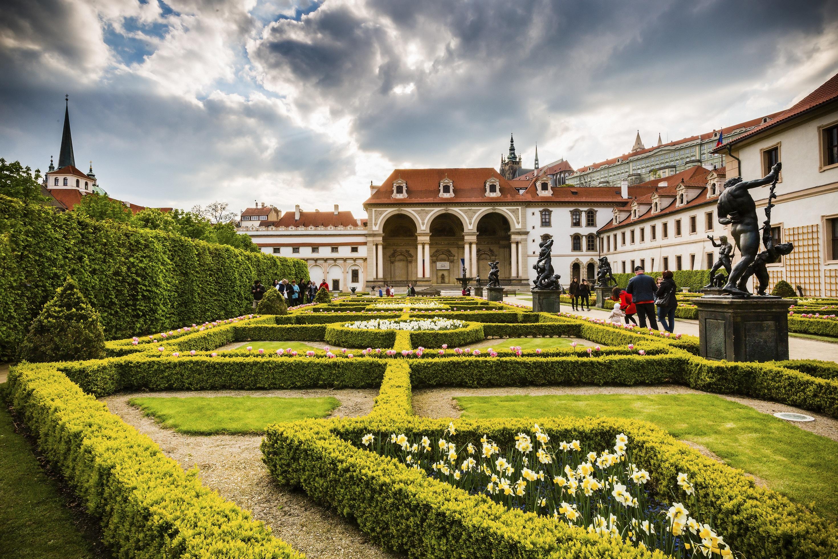 Фотосессия в садах Праги