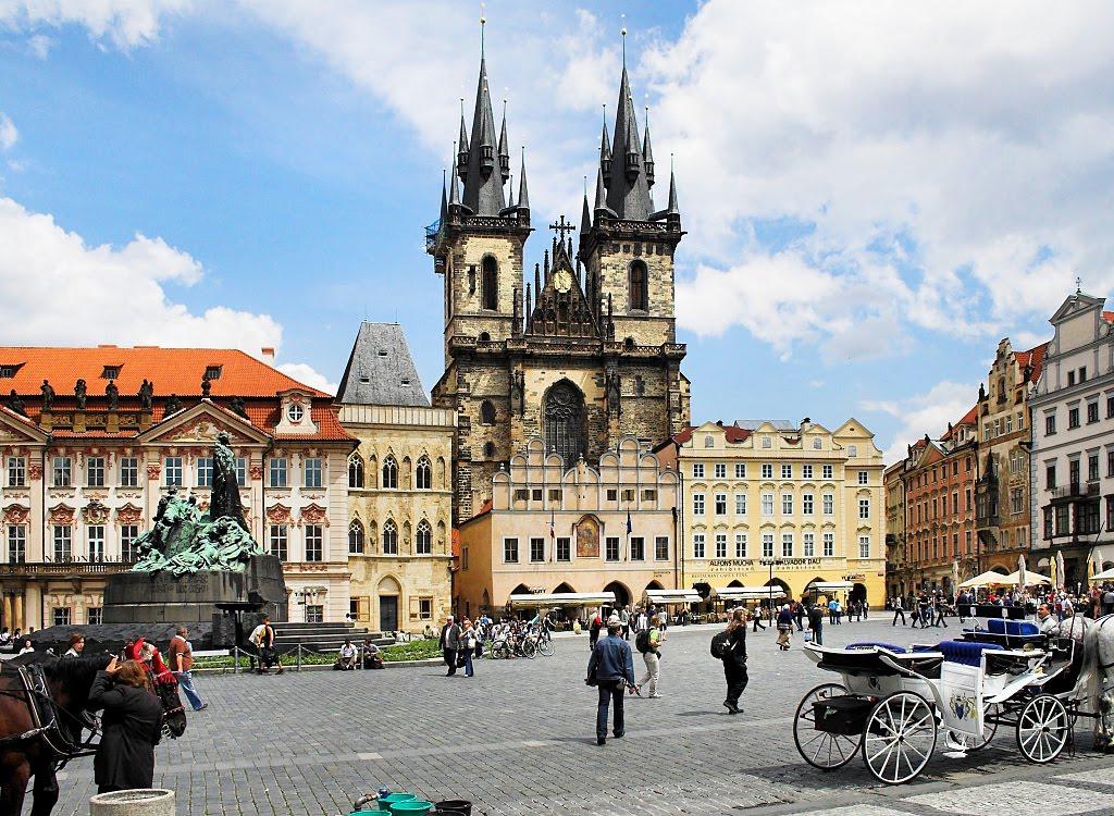Лучшие обзорные экскурсии в Праге