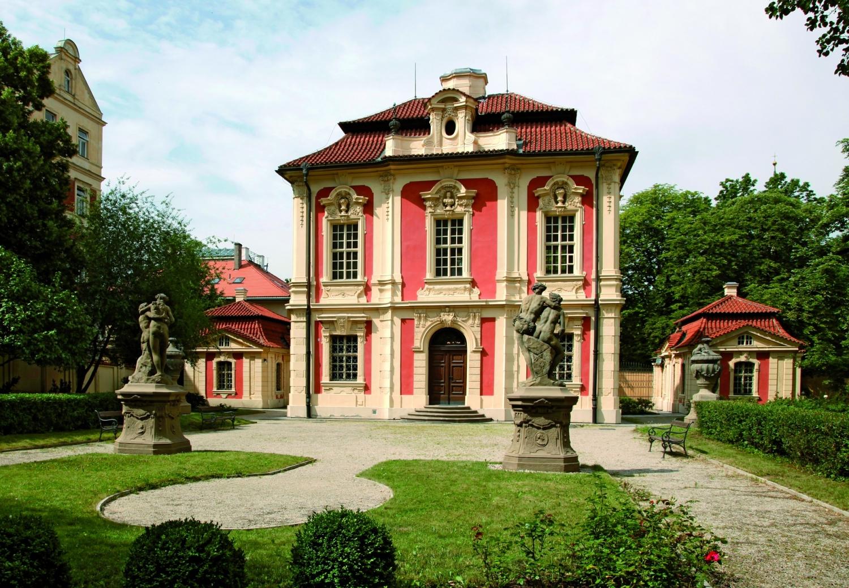 Летний дворец Михна (Америка) (Michnův letohrádek) в Праге